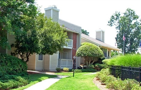 Lynn Lake Apartments For Rent   6500 Paces Arbor Cir, Raleigh, NC 27609    Zumper