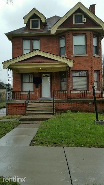 Woodward Chicago Blvd Detroit Mi 48202 4 Bedroom House
