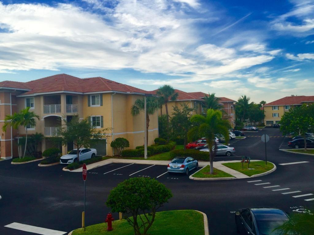 Emerald Dunes Apartments West Palm Beach