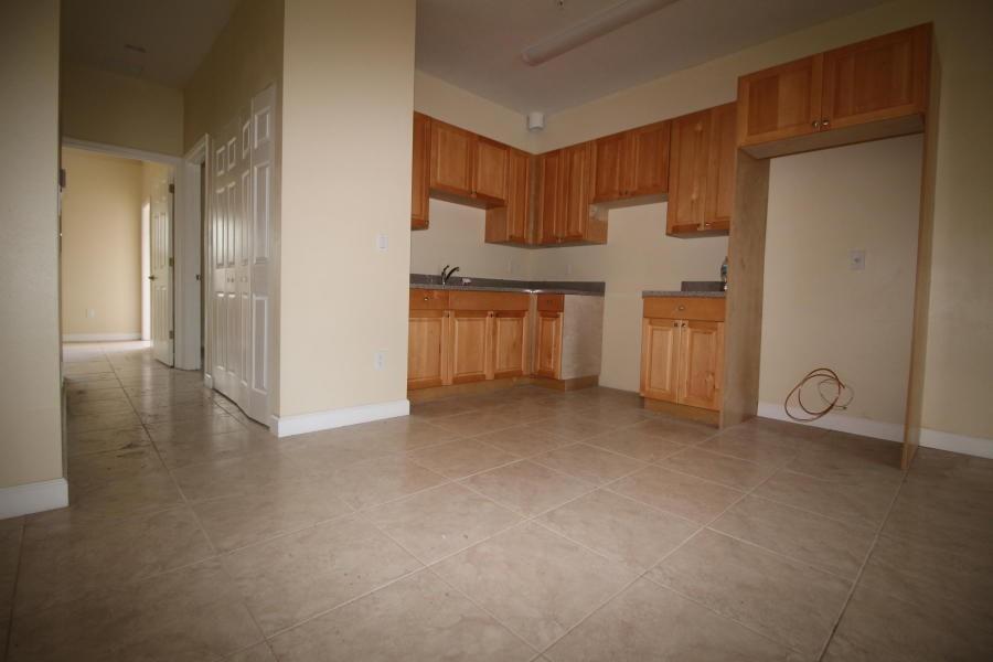 2041 Major Dr 20 West Palm Beach Fl 33415 3 Bedroom Apartment For Rent Padmapper