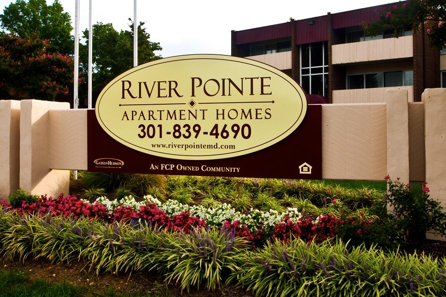 River Pointe Apartment Homes