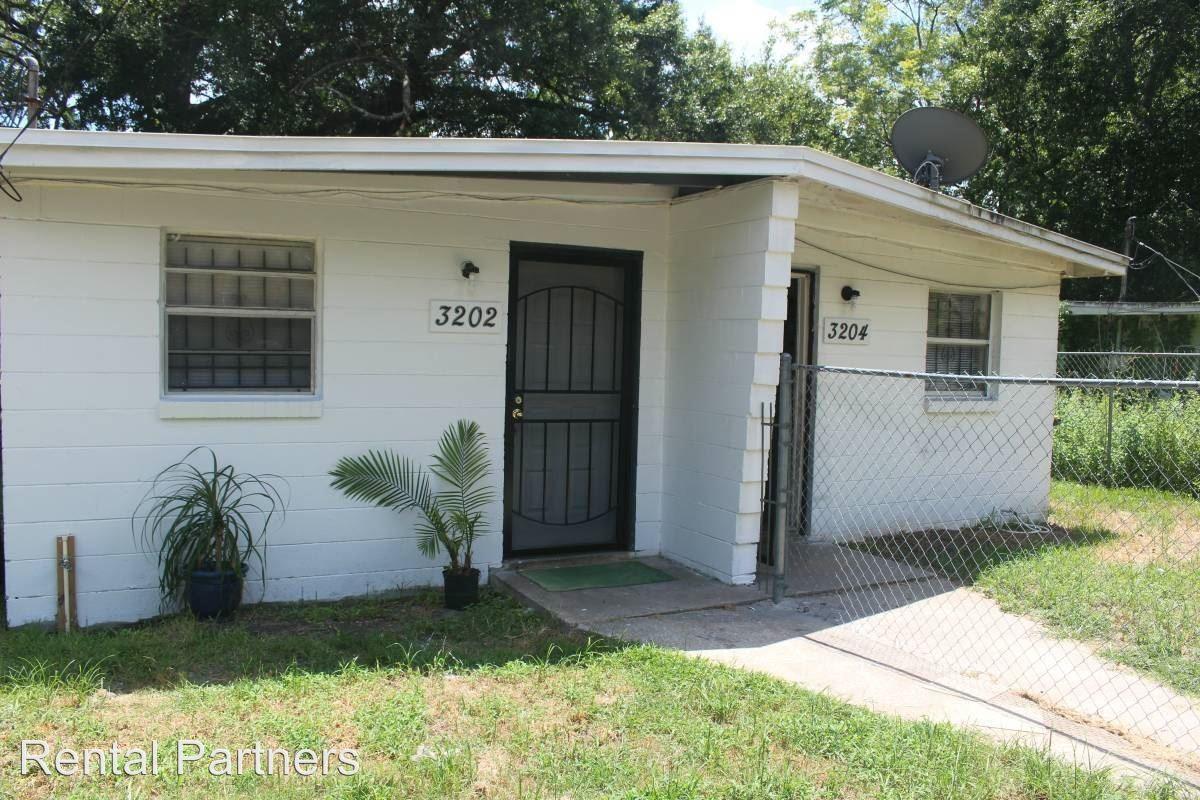 3202 Fitzgerald St Jacksonville Fl 32254 2 Bedroom Apartment For Rent For 495 Month Zumper