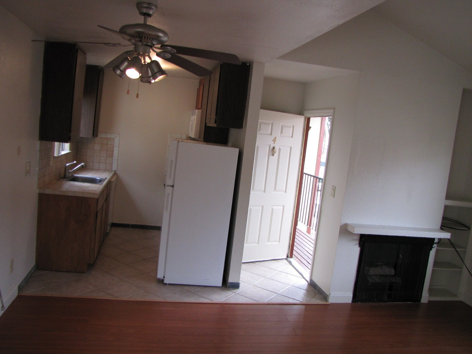 1630 T Street 8 Sacramento Ca 95811 1 Bedroom Apartment For Rent Padmapper