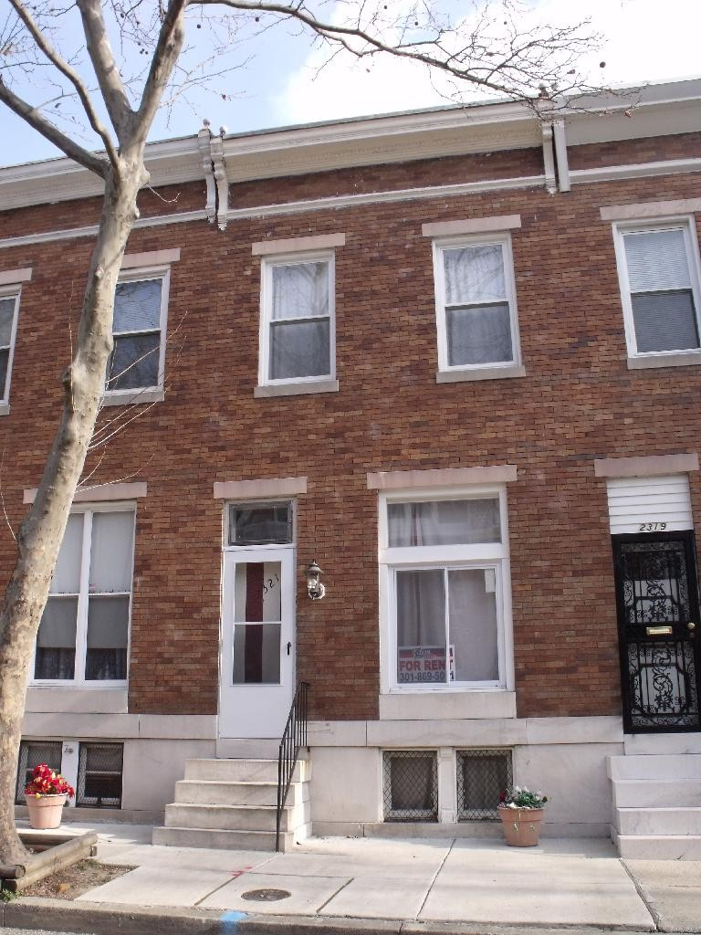 2321 Guilford Ave Baltimore Md 21218 3 Bedroom Apartment For Rent Padmapper