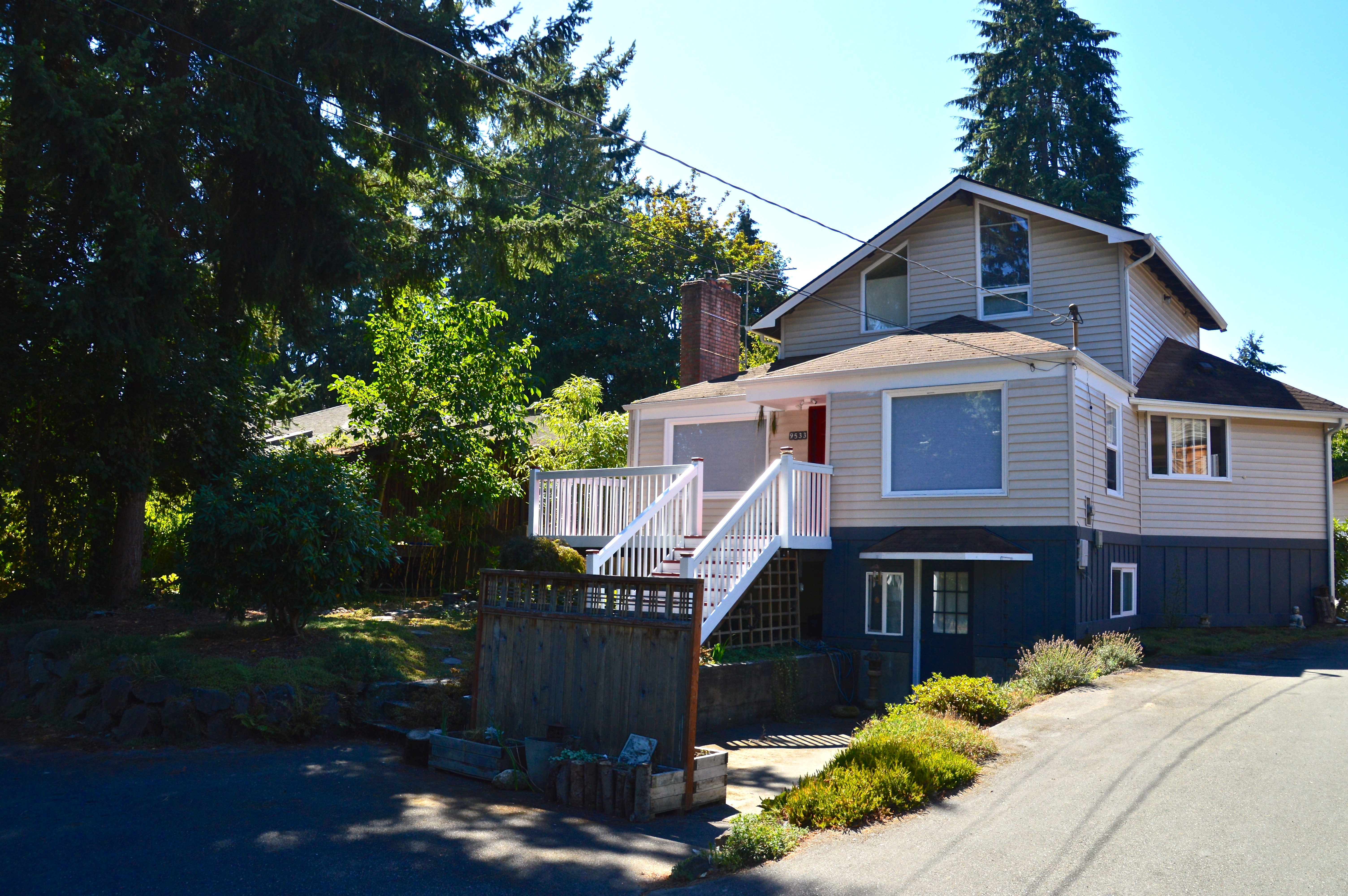 9533 49th Ave Ne Seattle Wa 98115 3 Bedroom Apartment For Rent Padmapper