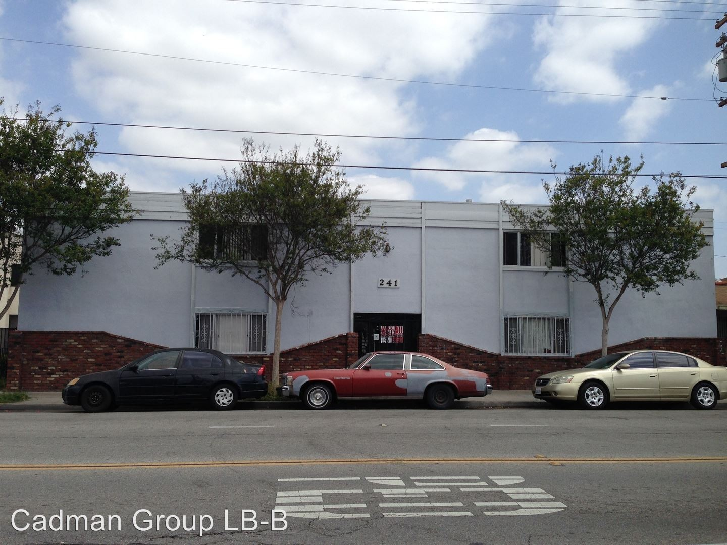 241 e south st long beach ca 90805 2 bedroom apartment for Kitchen cabinets 90808