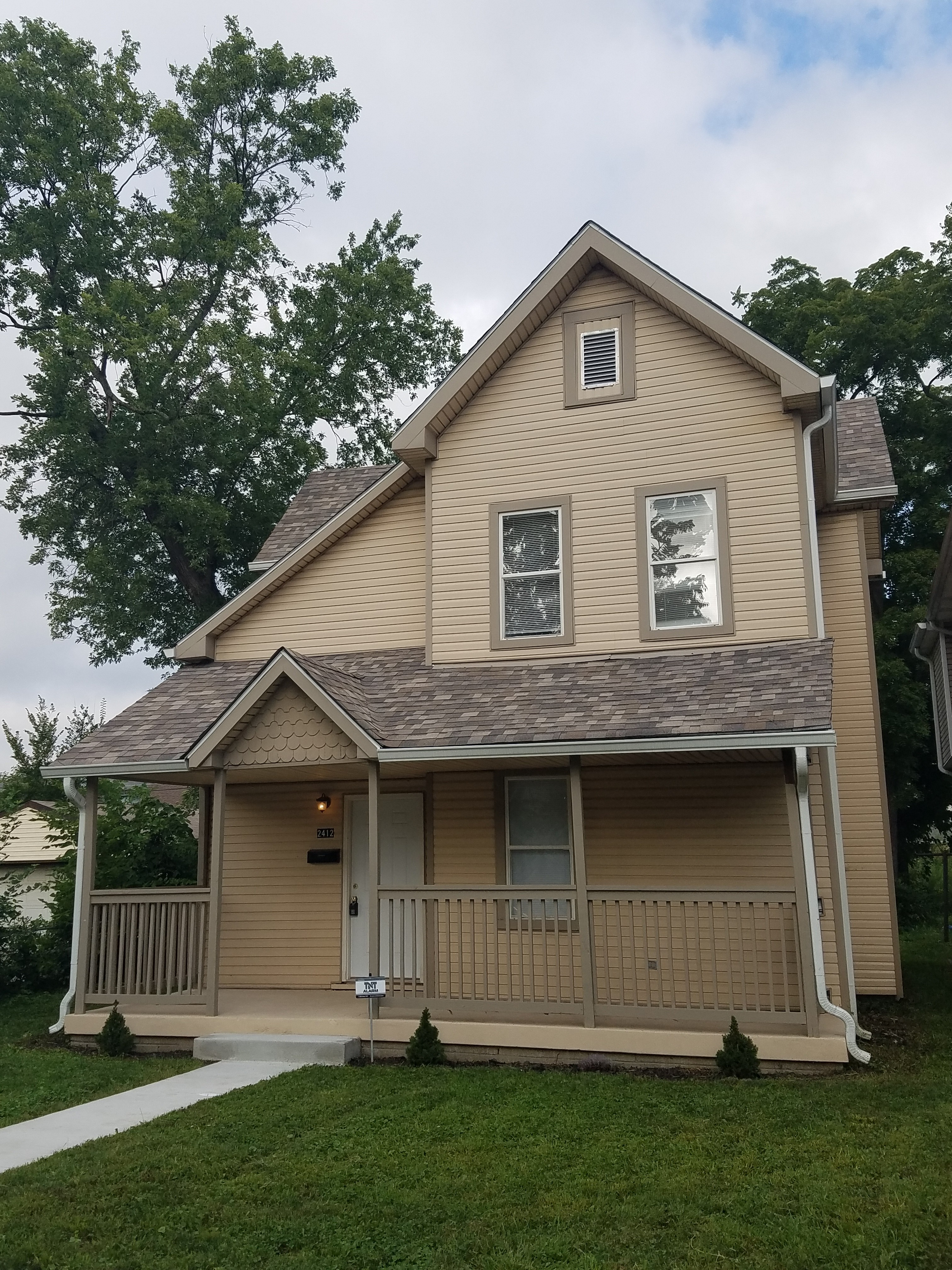 2412 Guilford Ave Indianapolis In 46205 4 Bedroom Apartment For Rent Padmapper