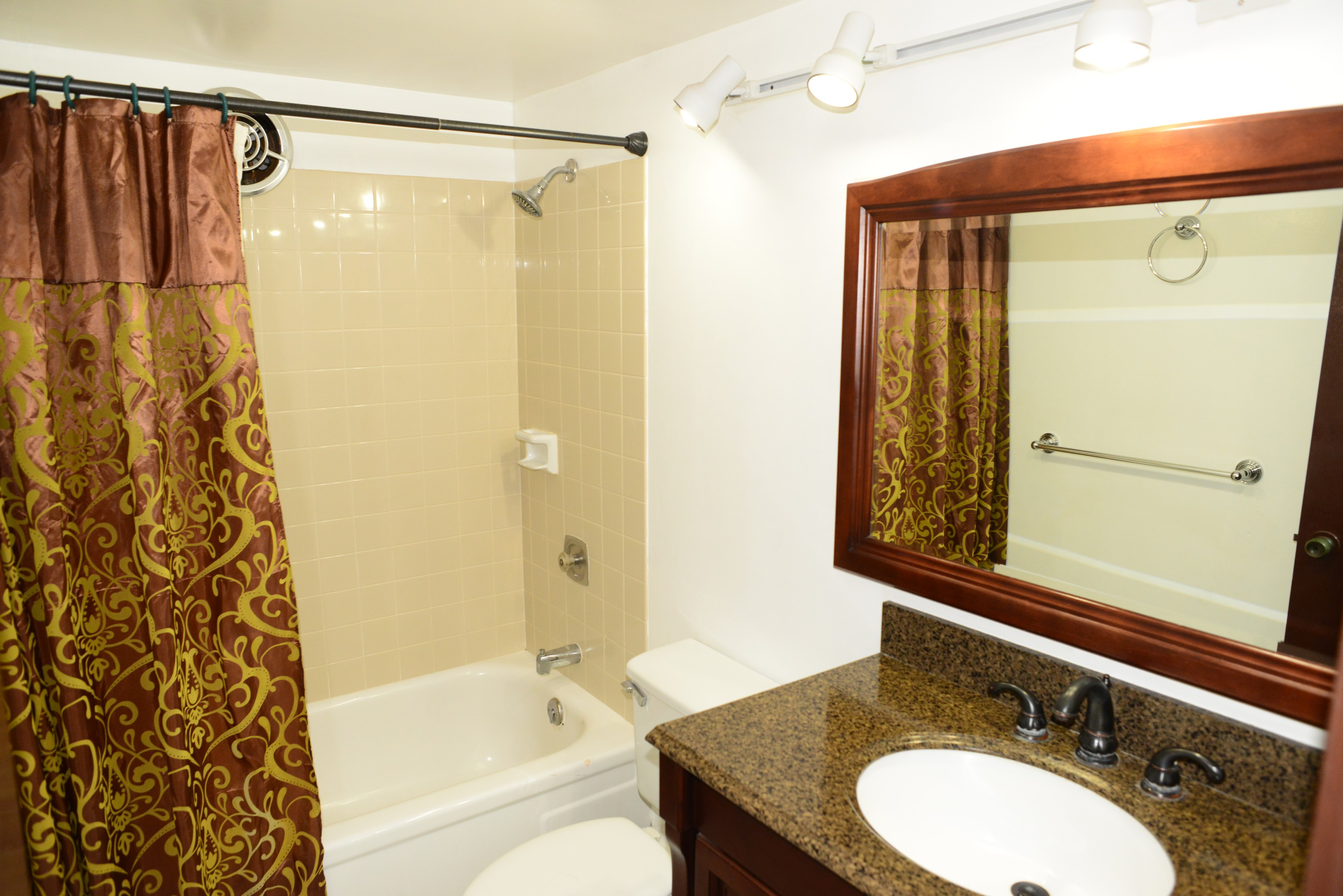 1634 Nuuanu Ave 111 Honolulu Hi 96817 2 Bedroom