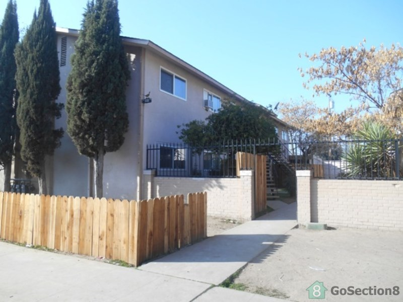 609 N College Ave 101 Fresno CA 93728 3 Bedroom Apartment For Rent Pad