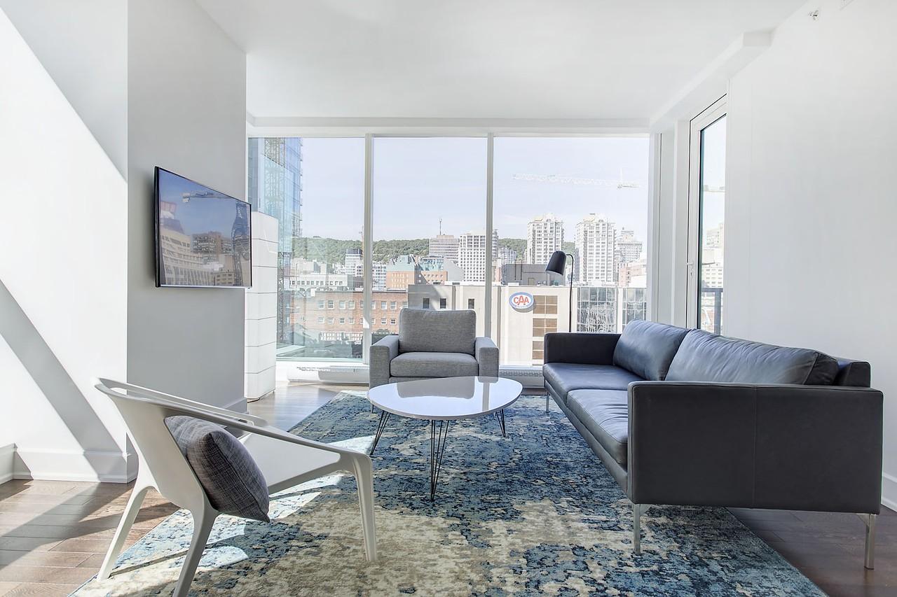 1300 Boulevard Ren L Vesque Ouest 601 Montr Al Qc H3b 2 Bedroom Apartment For Rent Padmapper
