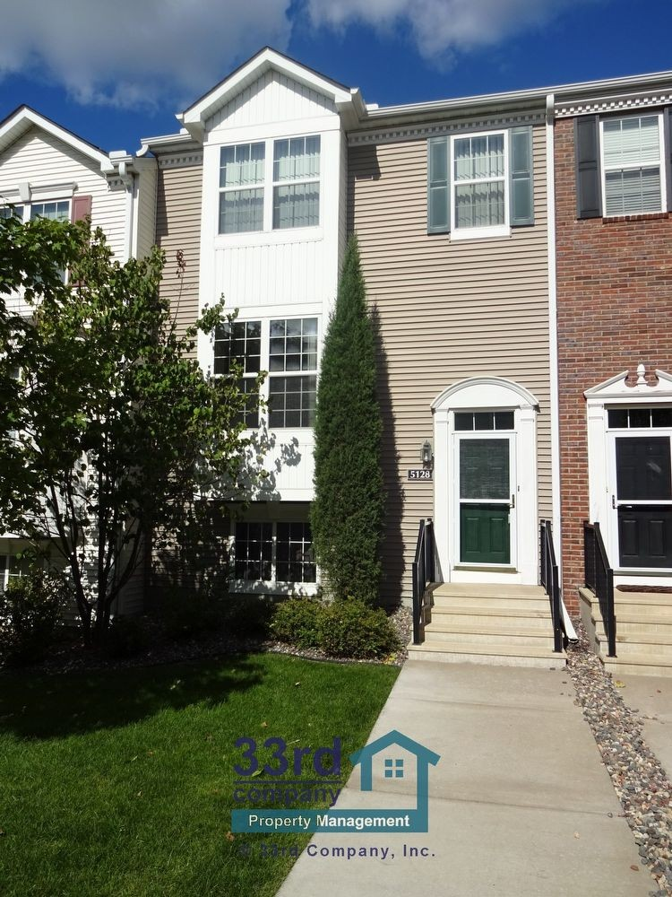 2925 Perry Ave N Minneapolis Mn 55422 3 Bedroom Apartment For Rent Padmapper