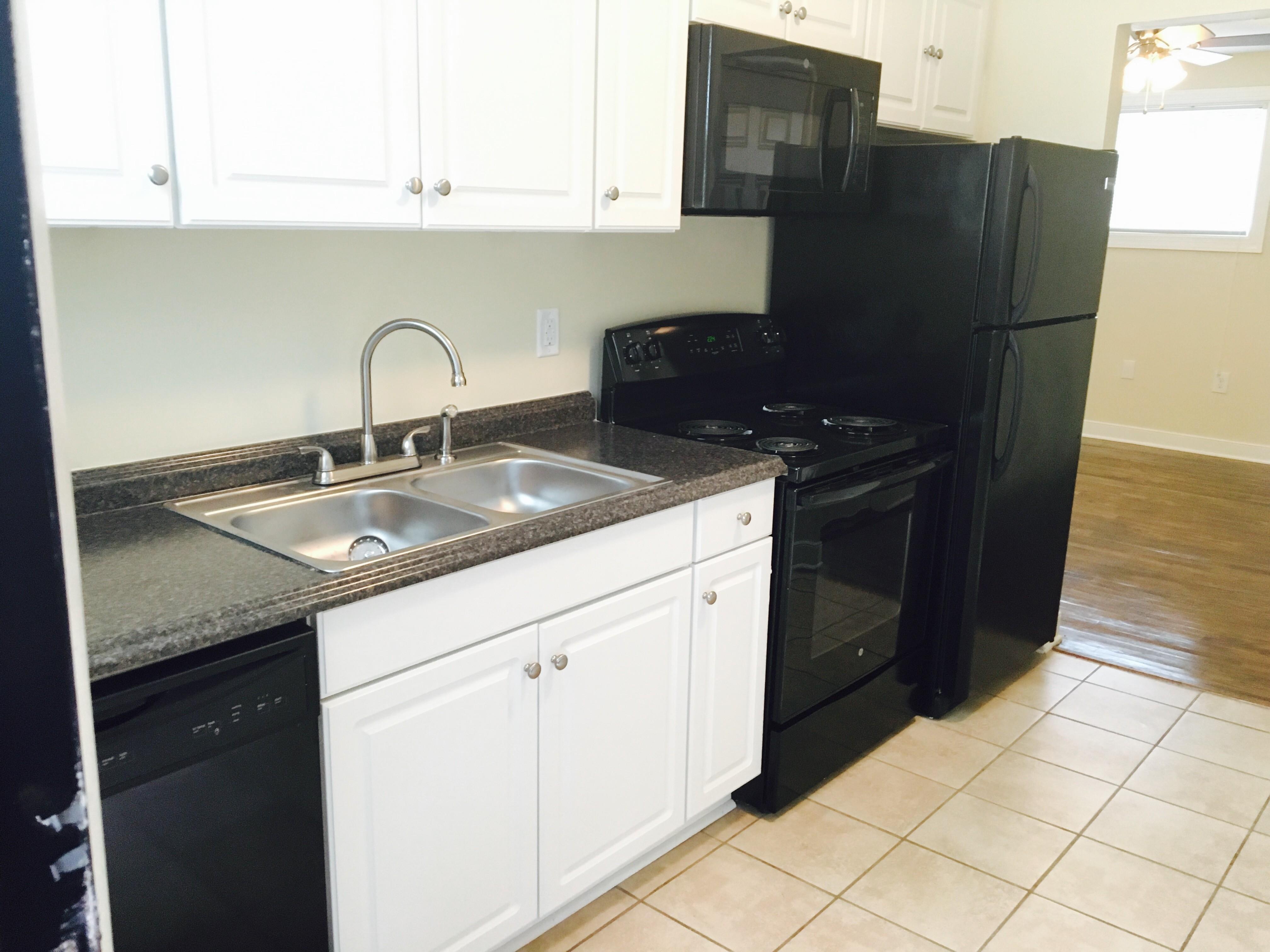Kitchen Cabinets Richmond Va 1728 Claiborne St Richmond Va 23220 Apartment For Rent Padmapper