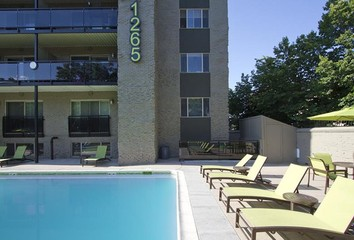 Thomas Caryle Apartments for Rent - 1010 Sherman St, Denver, CO ...