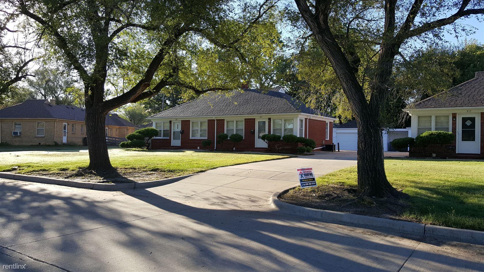 216 S Kansas St Wichita Ks 67211 1 Bedroom Apartment For Rent Padmapper