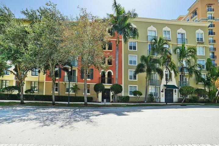 780 South Sapodilla Avenue 411 West Palm Beach Fl 33401 2 Bedroom Condo For Rent For 2 149