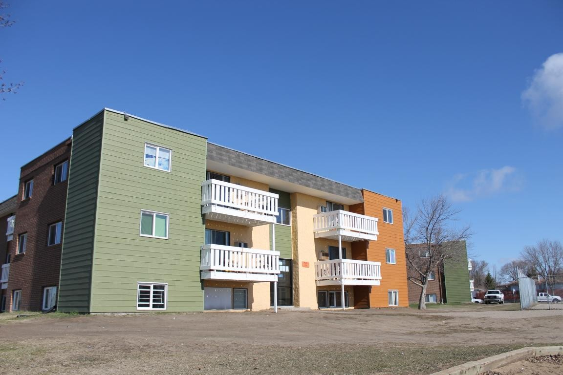 Clearview Park - 206 Appleby Dr, Saskatoon, SK S7M - Apartment for ...