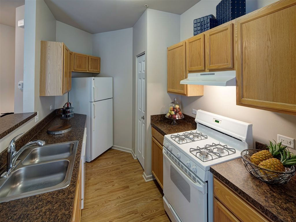 Farmington Lakes Apartments Homes