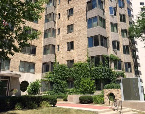 Apartments Near MATC 1609 Prospect Apartments for Milwaukee Area Technical College Students in Milwaukee, WI