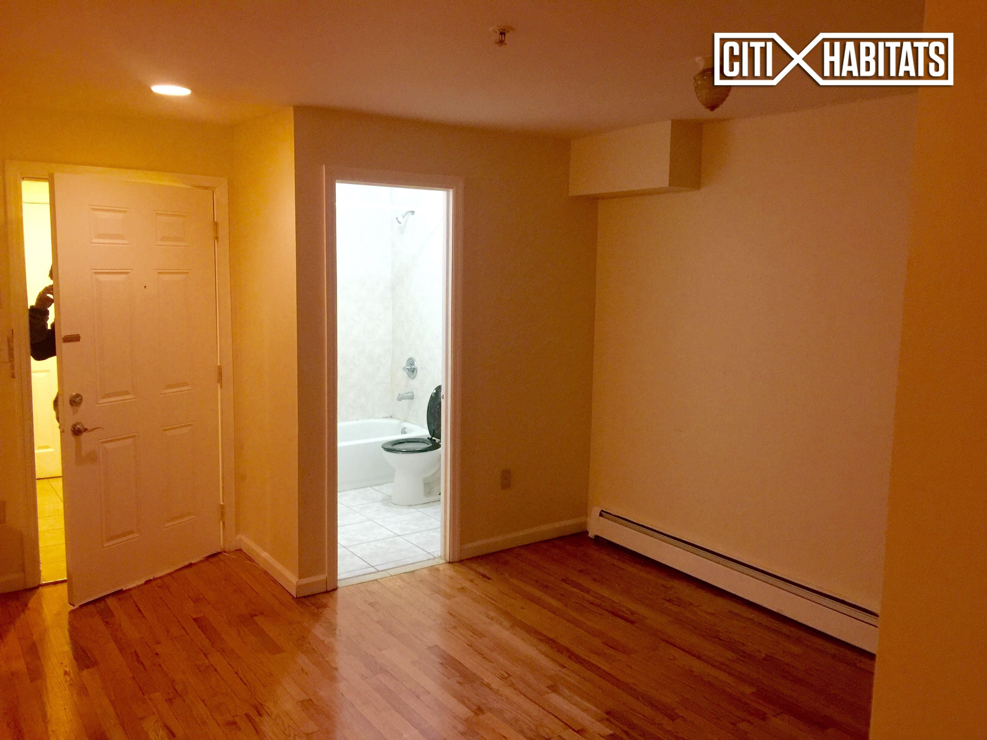 2542 White Plains Rd 2e Bronx Ny 10467 1 Bedroom Apartment For Rent Padmapper