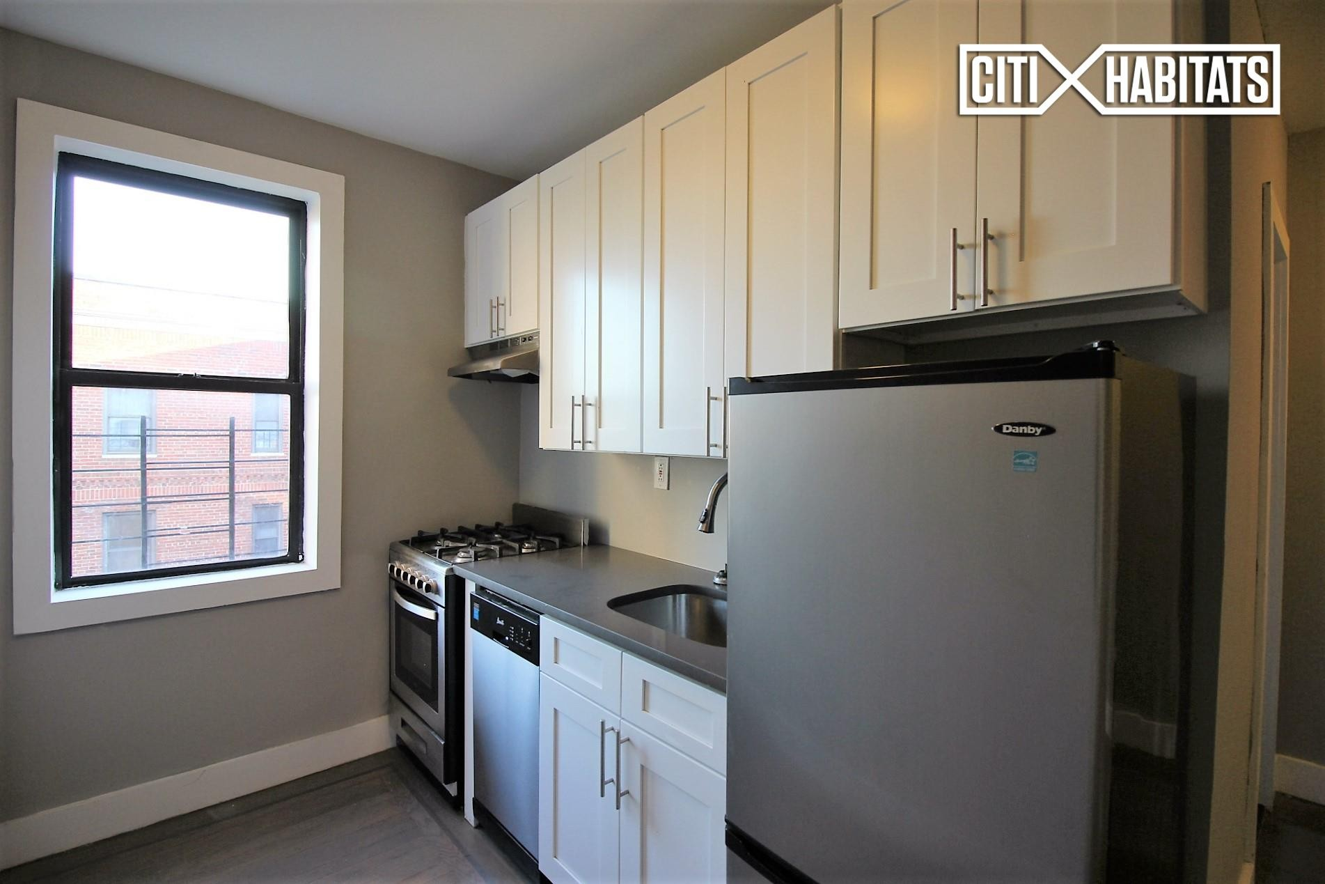 Waldo Ave 8h Bronx Ny 10463 2 Bedroom Apartment For Rent For 3 000 Month Zumper