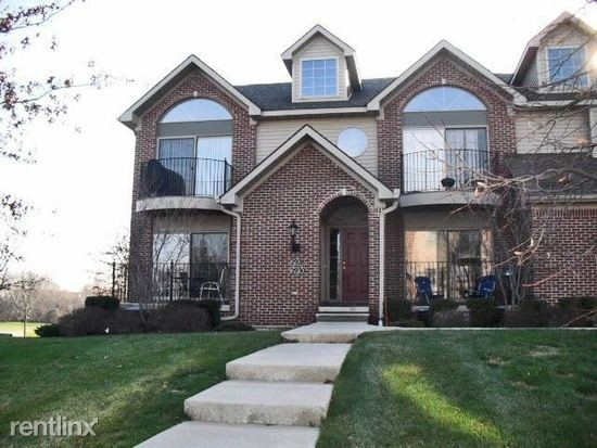 124 W Oakbrook Dr Ann Arbor Mi 48103 2 Bedroom Apartment For Rent Padmapper