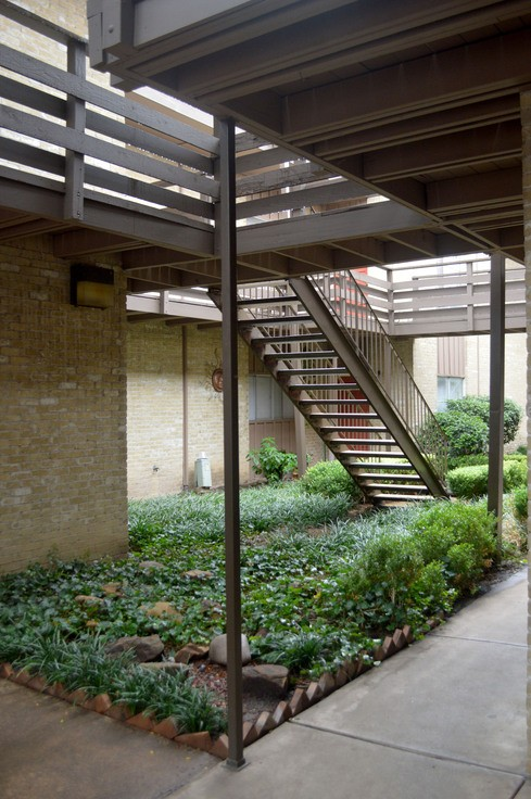 Monterey Village - 2930 Kings Rd, Dallas, TX 75219 - Apartment for ...