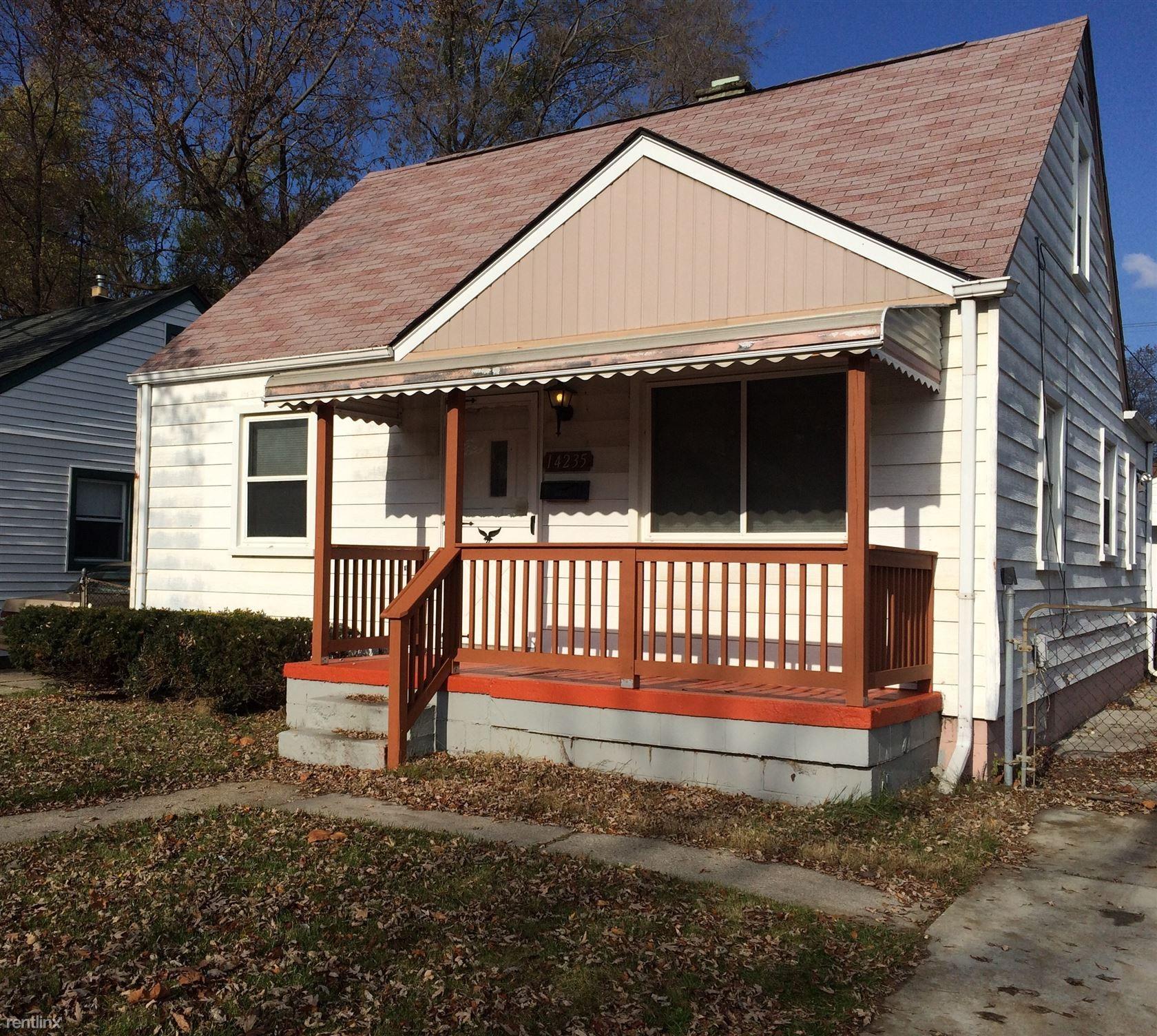 23649 Willard Ave Warren Mi 48089 3 Bedroom Apartment For Rent Padmapper