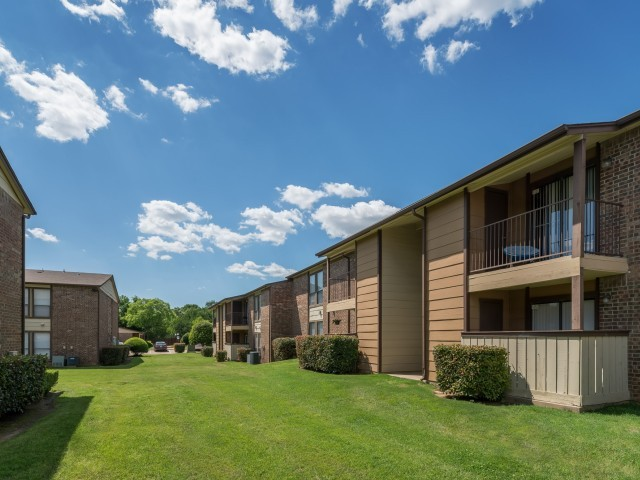8500 N Harwood Rd, North Richland Hills, TX 76180 - Apartment for ...