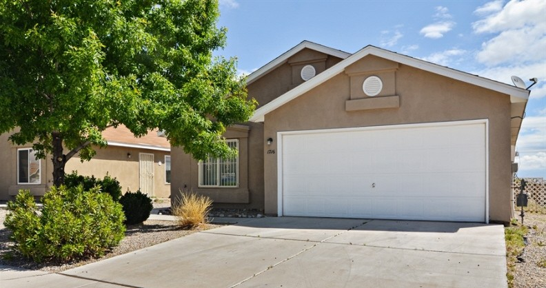 1716 Sauza Dr Sw Albuquerque Nm 87121 3 Bedroom Apartment For Rent For 1 000 Month Zumper