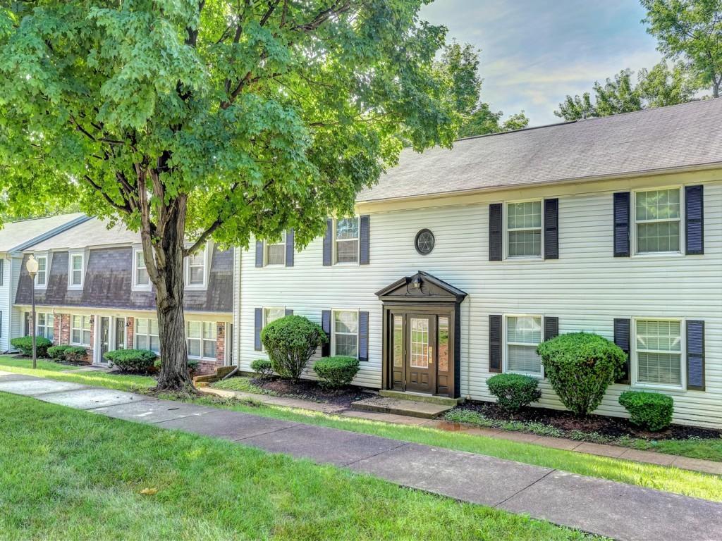 4818 Wooded Oak Cir Louisville Ky 40245 3 Bedroom