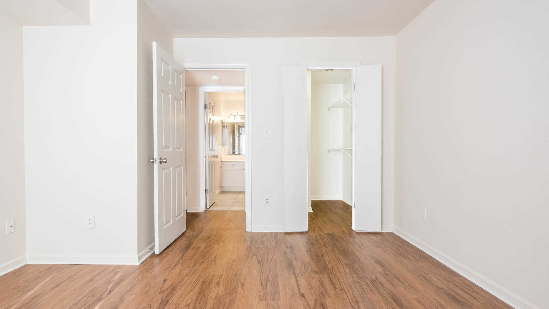 Lincoln heights quincy see pics avail for Hardwood floors quincy ma