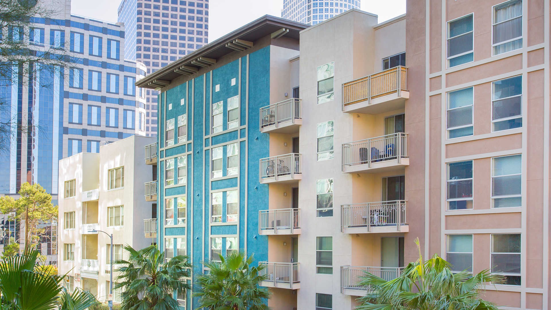 Apartments Near Golden Gate University Los Angeles