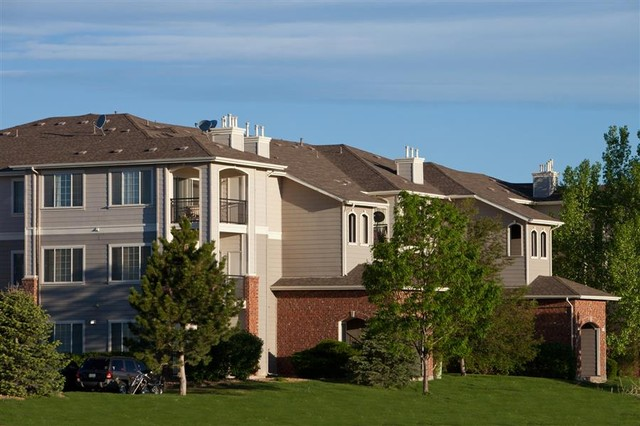 Cherrywood Village Apartments for Rent - 16950 Carlson Dr, Parker ...