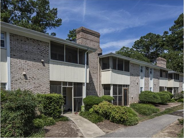 Lexington on the green apartment homes apartments for rent Cheap one bedroom apartments raleigh nc
