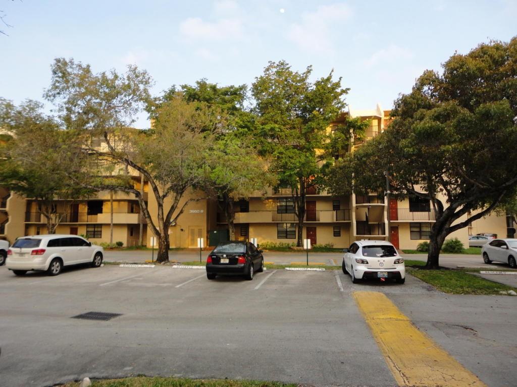 3550 Blue Lake Dr #203, Pompano Beach, FL 33064 2 Bedroom Condo for ...