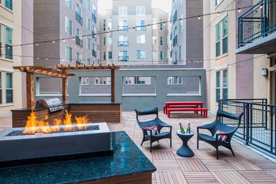 TwentyOne01 on Market Apartments