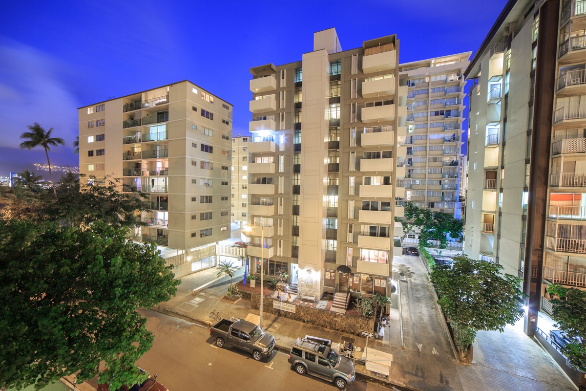 Apartments Near Chaminade Waikiki Walina Apartments for Chaminade University of Honolulu Students in Honolulu, HI