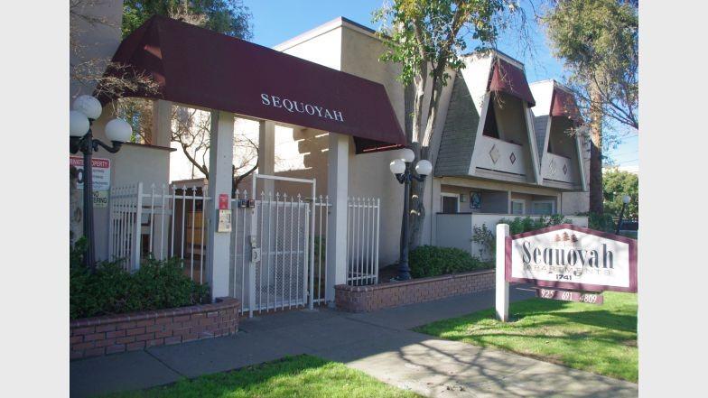 Apartments Near JFKU Sequoyah II for John F Kennedy University Students in Pleasant Hill, CA