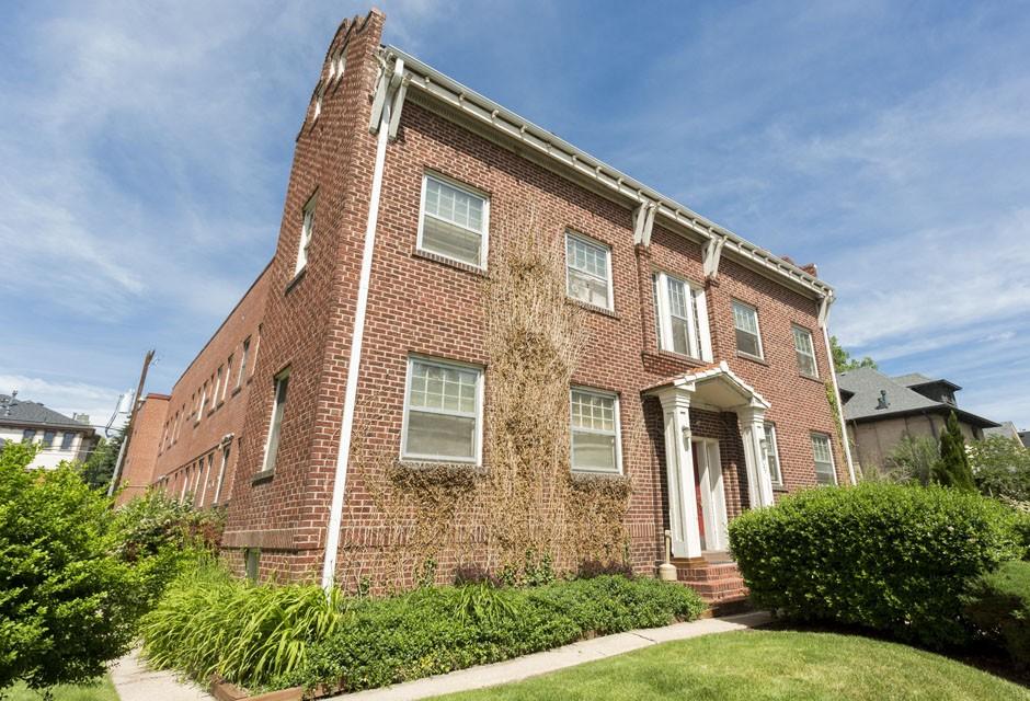 1027 Washington Street rental