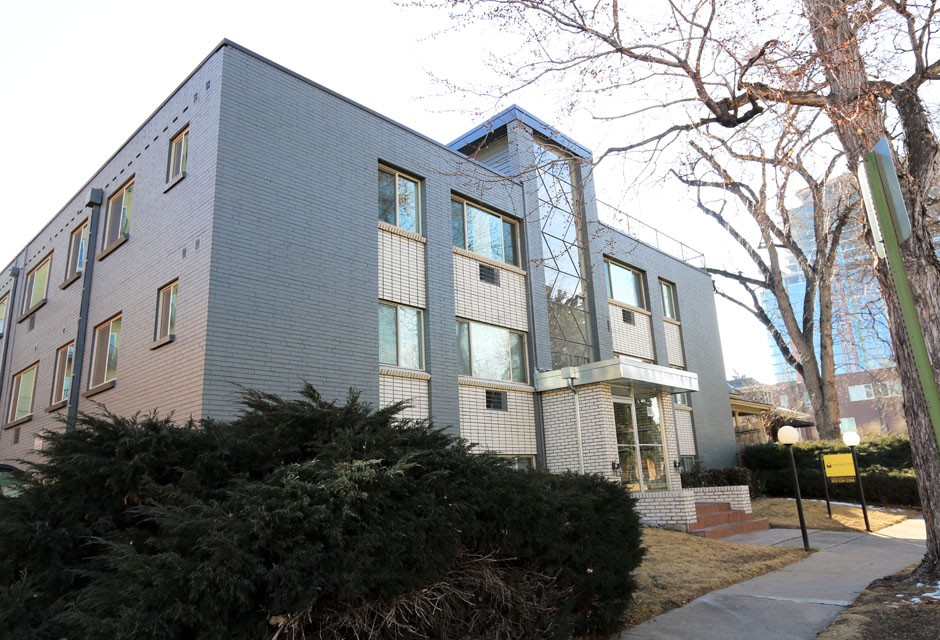Apartments Near Denver 50 Corona for Denver Students in Denver, CO
