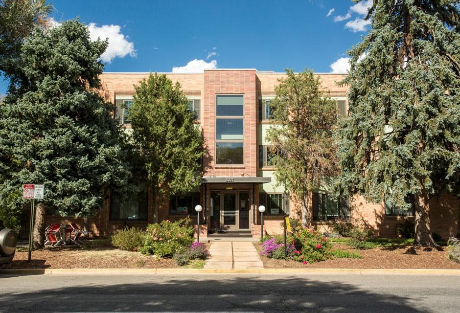 Apartments Near Denver Hale Parkway for Denver Students in Denver, CO