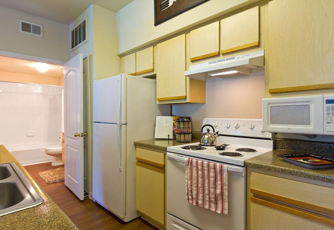 Mandolin Apartments Strayer University-Northwest Houston | College ...