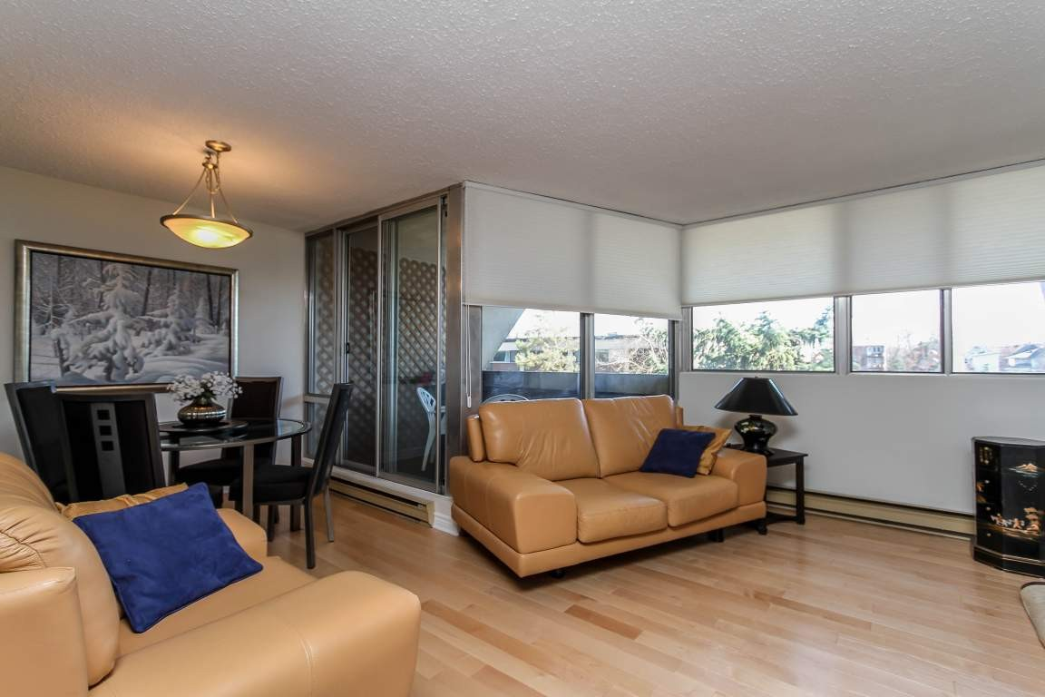 2 Bedroom Apartment Laurier Ottawa