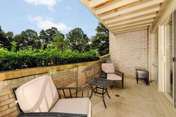 Parke Laurel Apartment Homes photo