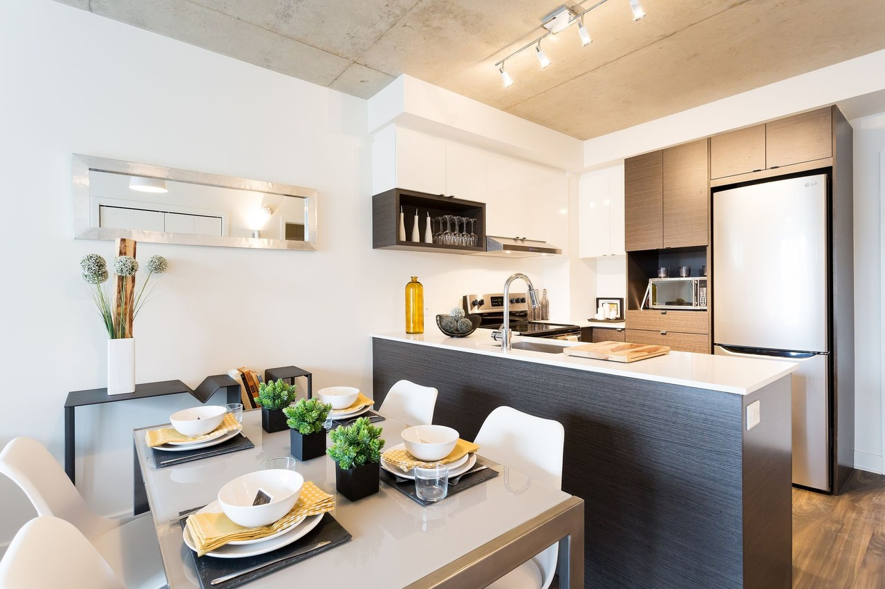 1140 Rue Wellington · Apartment For Rent