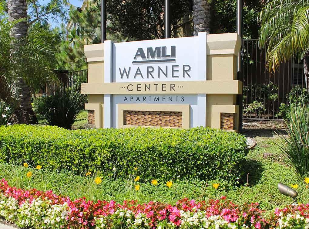 AMLI Warner Center