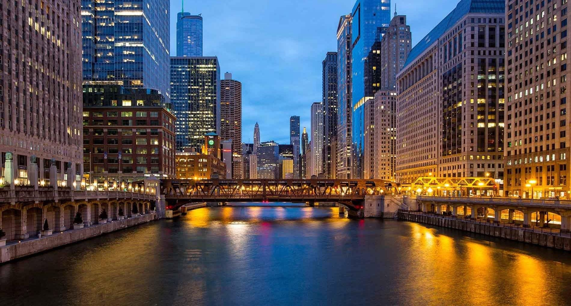 Wolf Point West, Chicago - (see pics & AVAIL)