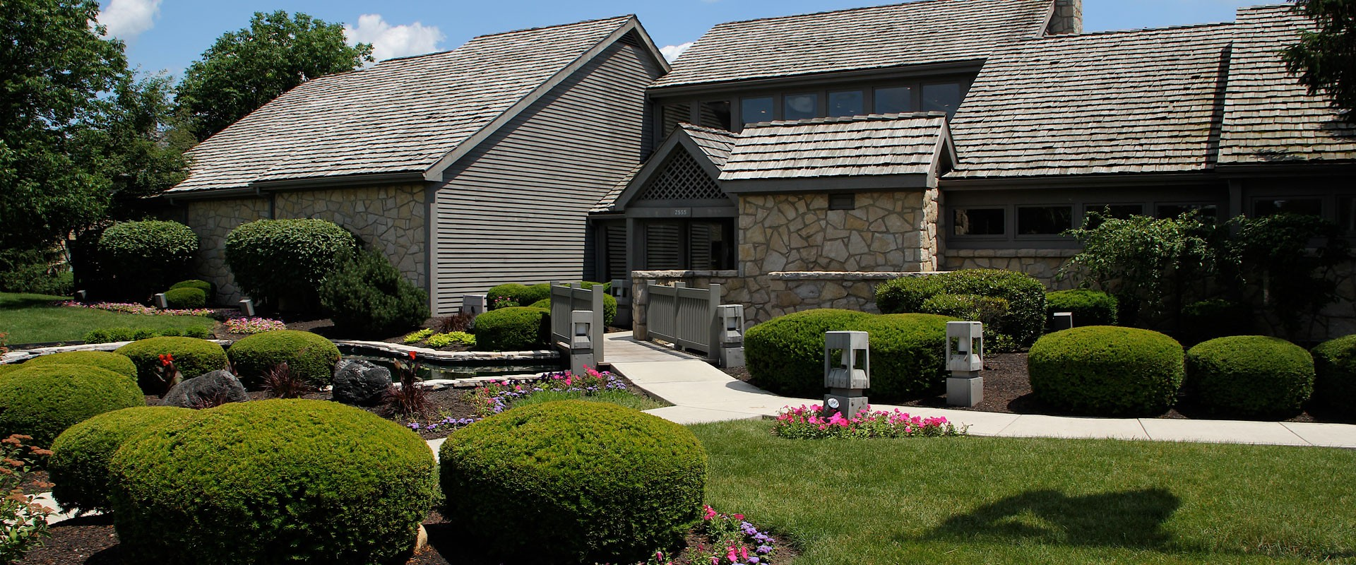 Sawmill Commons Apartments for Rent - 2555 Summer Dr, Dublin, OH ...