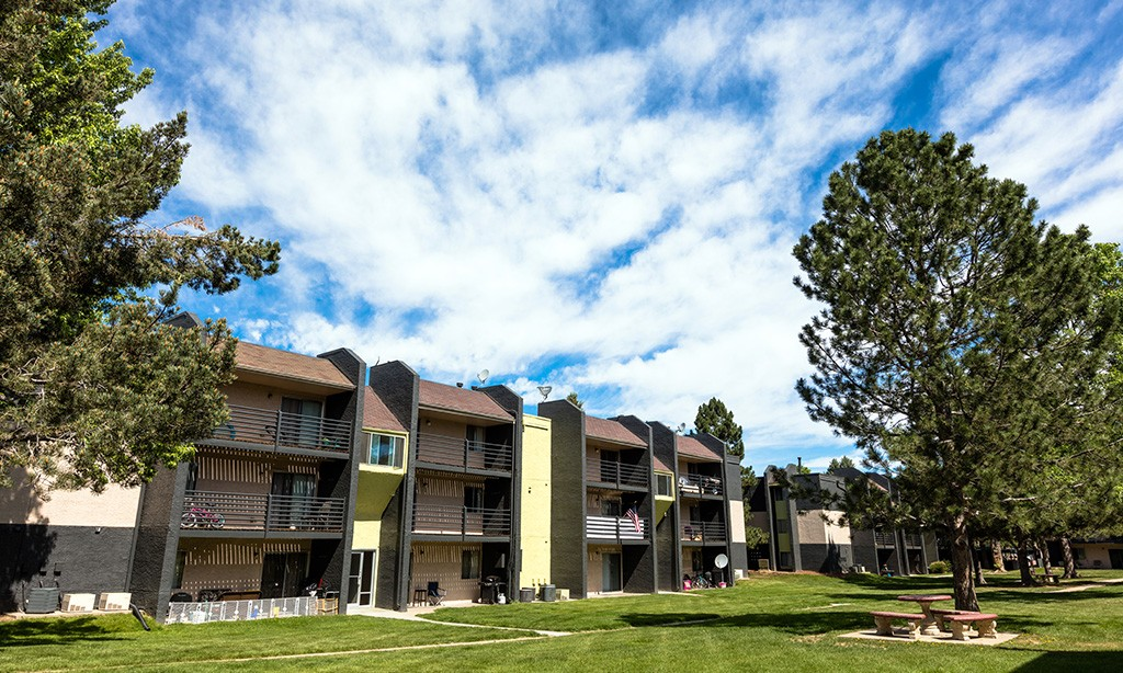 Wentworth Apartments photo