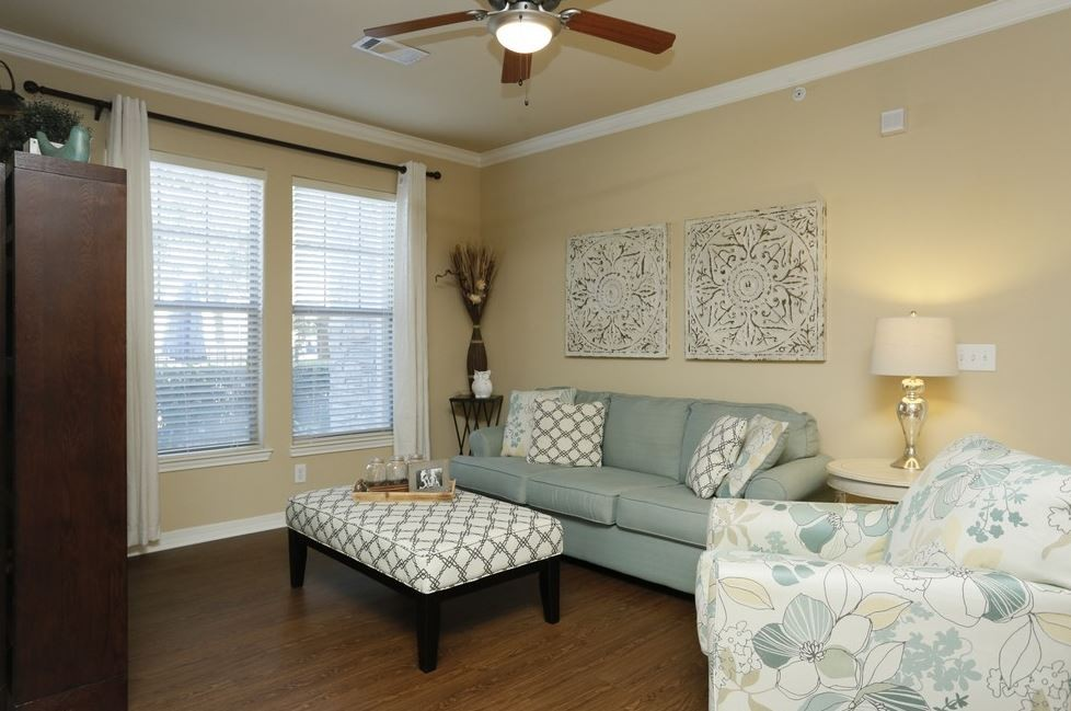 Discovery at Mandolin Apartments for Rent - 19401 Tomball Parkway ...
